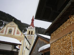 Kirche-Obertilliach.jpg